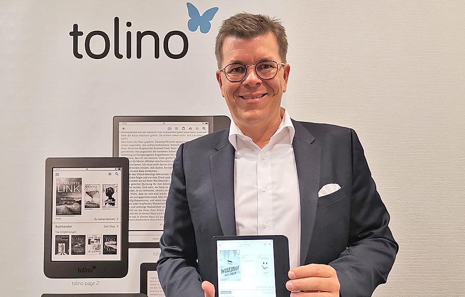 Weltbild Geschäftsführer Christian Sailer präsentiert die neue tolino Geräte-Generation auf der Frankfurter Buchmesse