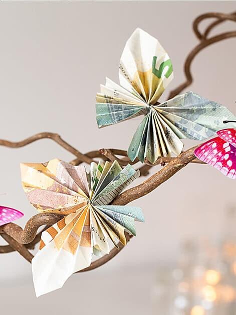 """""""Wiebkeliebt"""" bastelt ein kreatives Geldgeschenk mit Schmetterlingen"""