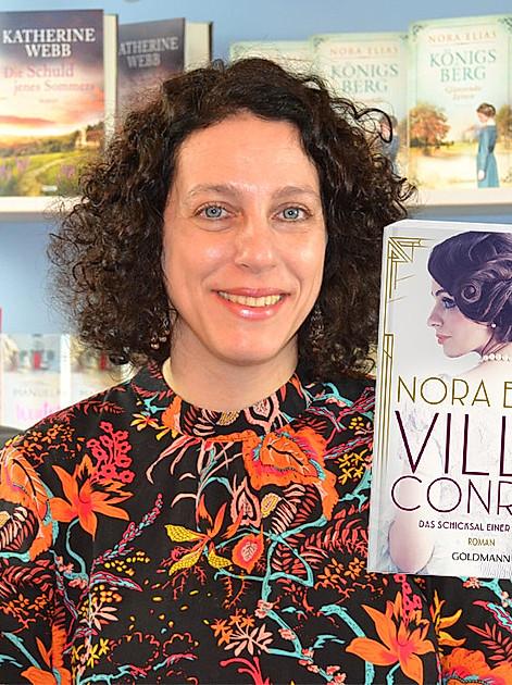 """Nora Elias und ihr aktueller Roman """"Villa Conrad"""""""