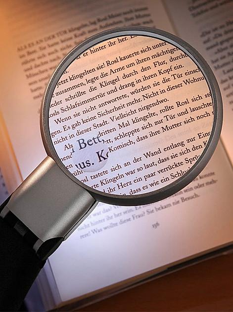 Lesehilfen - So finden Sie die Richtige und erleichtern Ihren Alltag