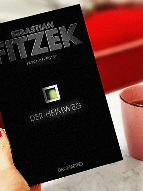 """Wir verlosen 5 signierte Exemplare vom neuen Top-Thriller """"Der Heimweg"""" von Sebastian Fitzek"""