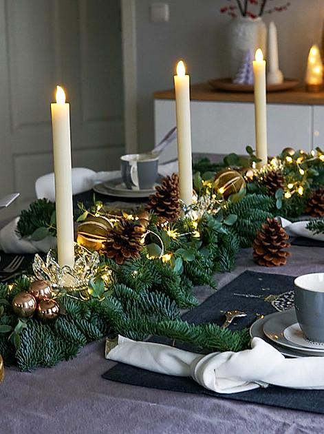 Tischdeko Weihnachten: basteln - einfach und trotzdem opulent