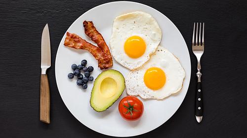 Richtig essen während der Keto Diät