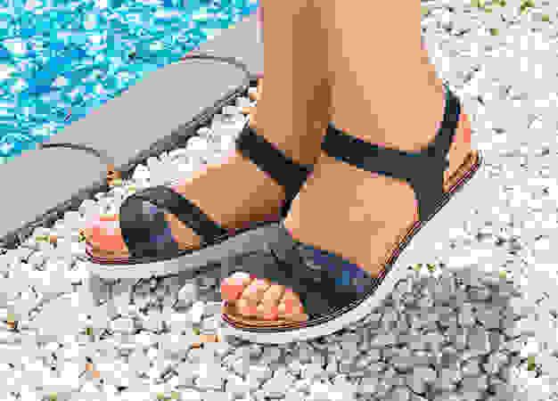 Damensandalen für den Sommer