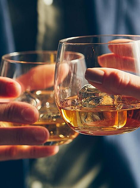 Kleine Whisky-Kunde für Geschmacksentdecker: Whisky Sorten & mehr