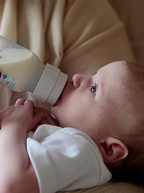 Das richtige Fläschchen für Babys finden