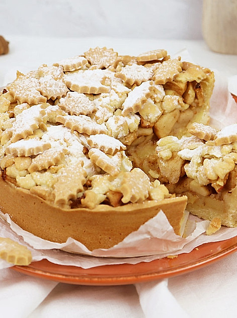 Herbstkuchen mit Keks-Blättern